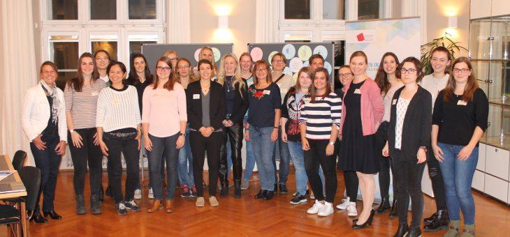 Start in die neue Runde, BayernMentoring-Programm für MINT-Studentinnen, 14.11.18